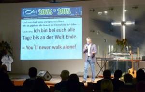 """You'll never walk alone!""-Thema von Pastor Joschi Stahlberg (FeG Lüneburg)"